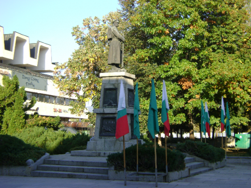 Паметник Незнен войн 3